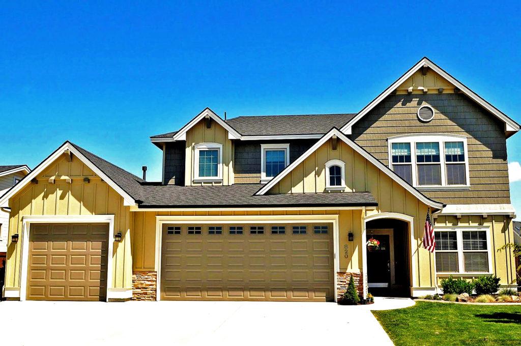 Free Virtual Exterior House Painter. Update Blah Ranch House ... on virtual house painter, virtual deck painter, virtual car painter, virtual room painter, virtual wall painter,